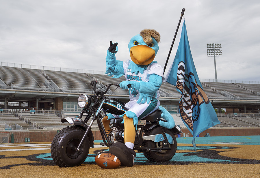 Coastal Carolina Football Goes Green with Santee Cooper Green Power